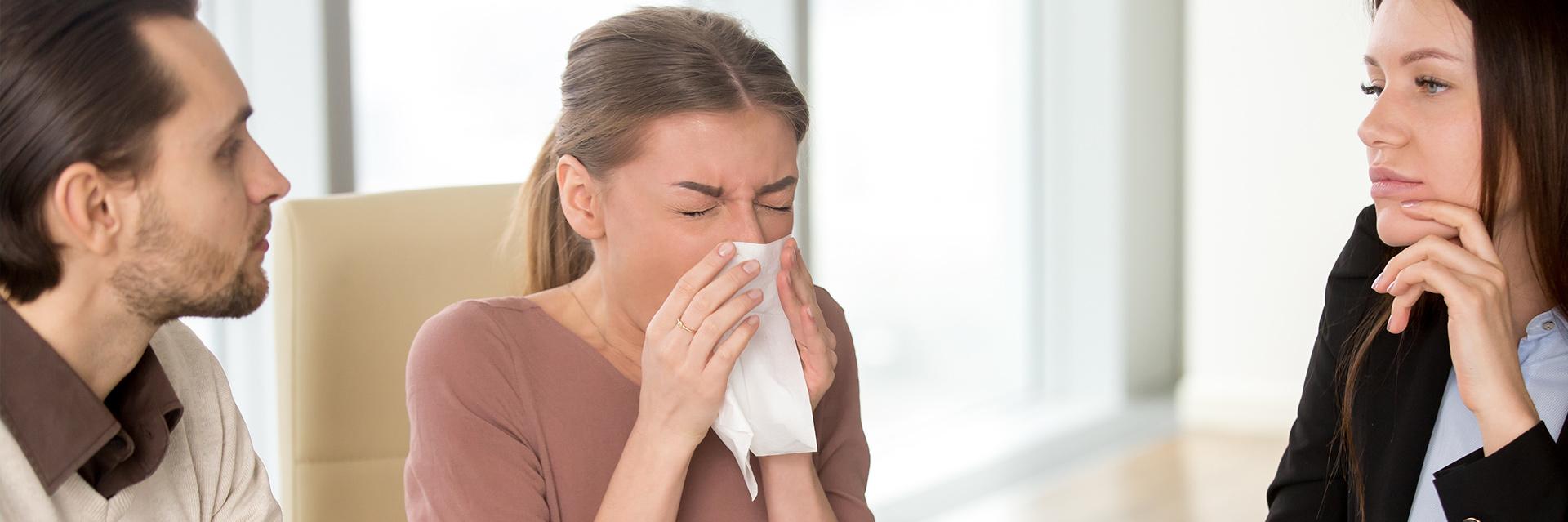 Jak rozprzestrzeniają się wirusy przeziębienia i grypy?