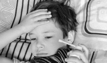 Jak zbić gorączkę? Sposoby na obniżenie podwyższonej temperatury ciała